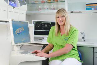 Maria Maschnin, Zahnarztpraxis Dr. Treuheit Roßtal