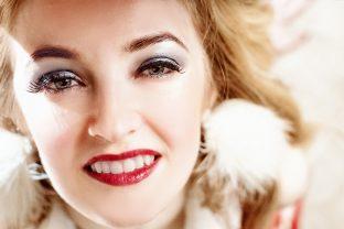 Strahlend weiße Zähne dank Bleaching | Zahnarzt Roßtal