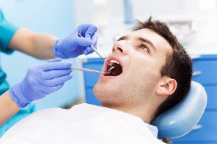 Parodontitis: Ursachen, Risiken und Symptome | Zahnarzt Roßtal