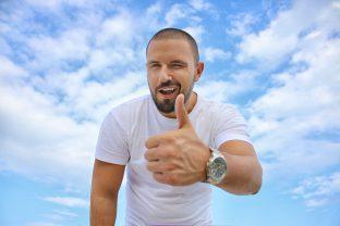 Parodontitis-Therapie: Ohne Antibiotika möglich? | Zahnarzt Roßtal, Dr. Treuheit